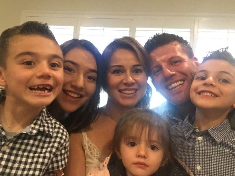 Host_Family_Big_Smiles