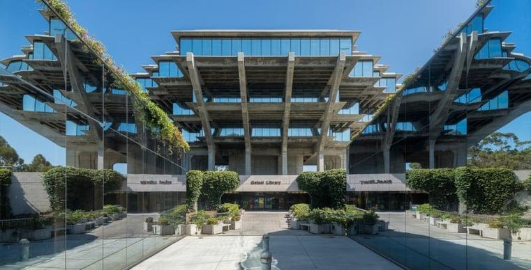La Jolla campus library